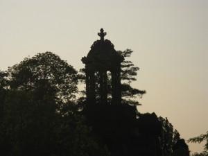 le temple de la Sybille aux Buttes Chaumont